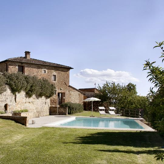 country-house-wedding-venue-in-italy-itailove